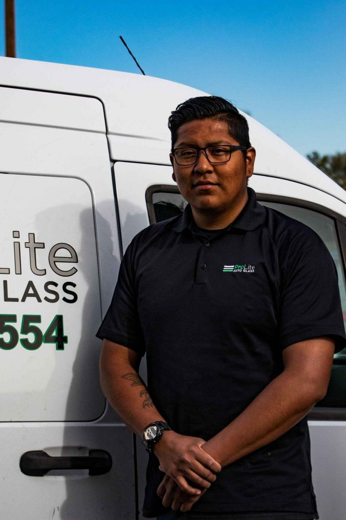 windshield replacement shop phoenix metro area