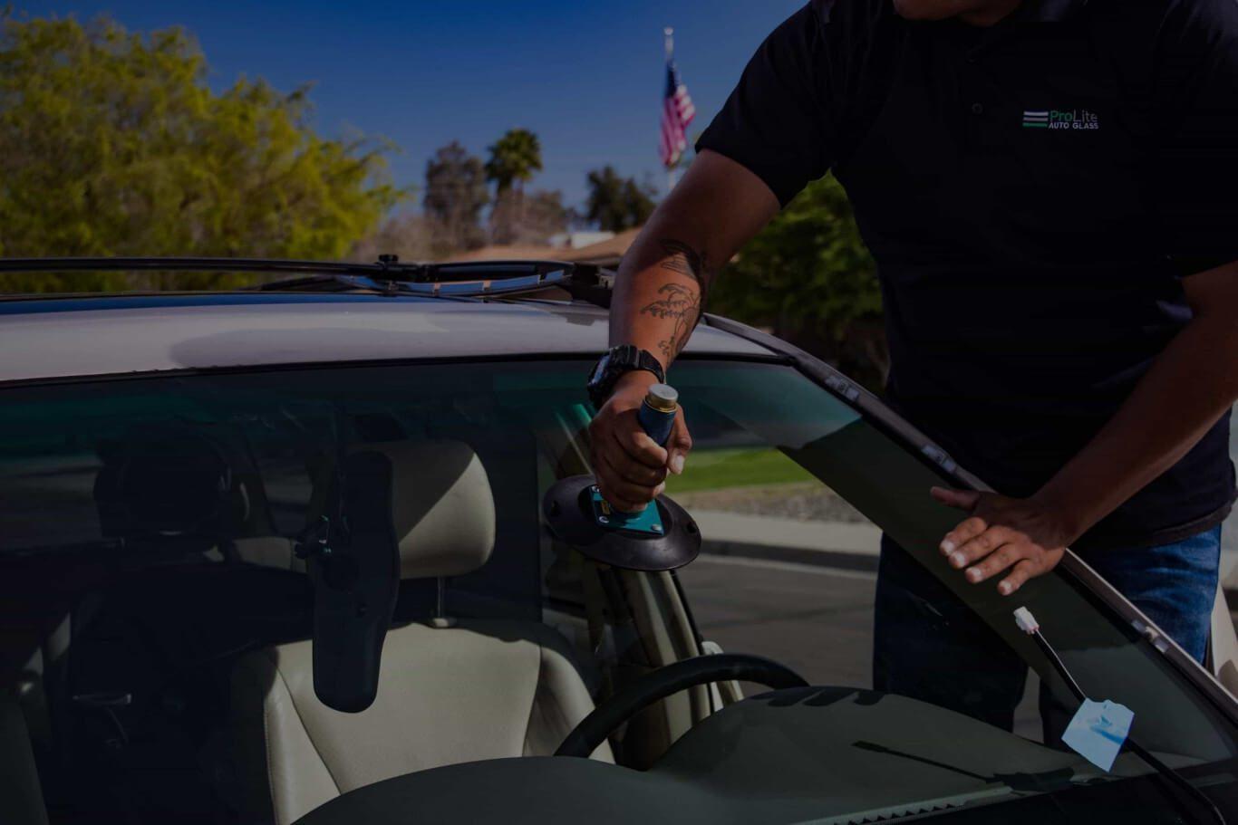 mobile auto glass repair in phoenix metro area